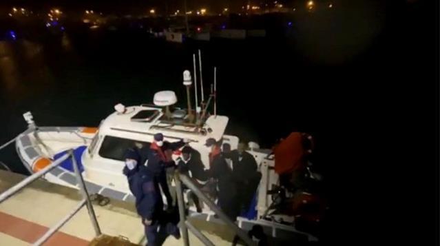 Yunanistan elleri kelepçeli göçmenleri denize attı: 3 ölü, 1 kayıp